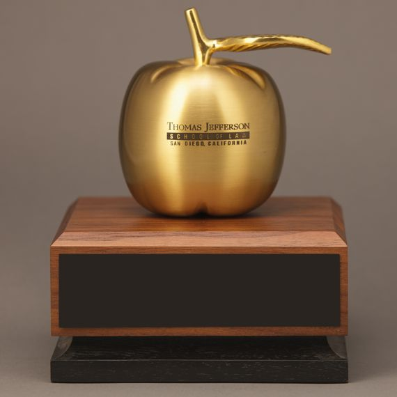 golden-engraved-appreciation-desk-award