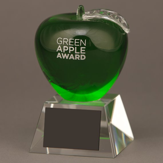 Green Crystal Apple Trophy without Plate Engraving is an Excellent Teacher Appreciation Idea
